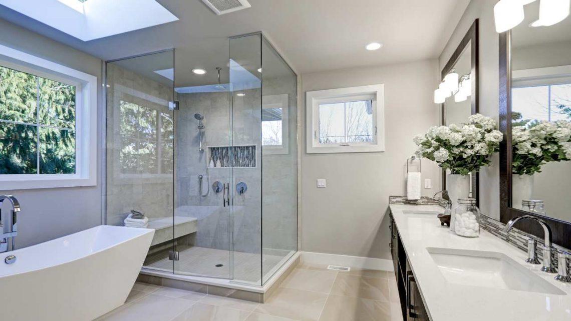 Wilgoć w łazience – jak sobie z nią radzić?
