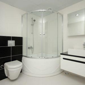 Dopasowanie modelu prysznica do stylu łazienki